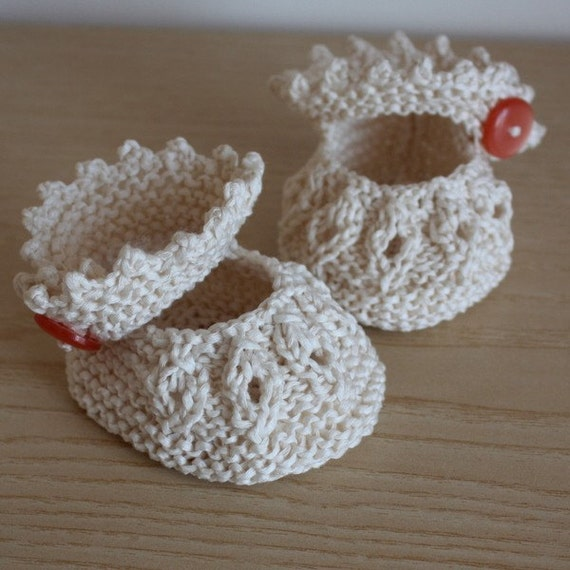 Knitting PATTERN (PDF file) - BABY Shoes VANILLA ( sizes 0-6/6-12 months)