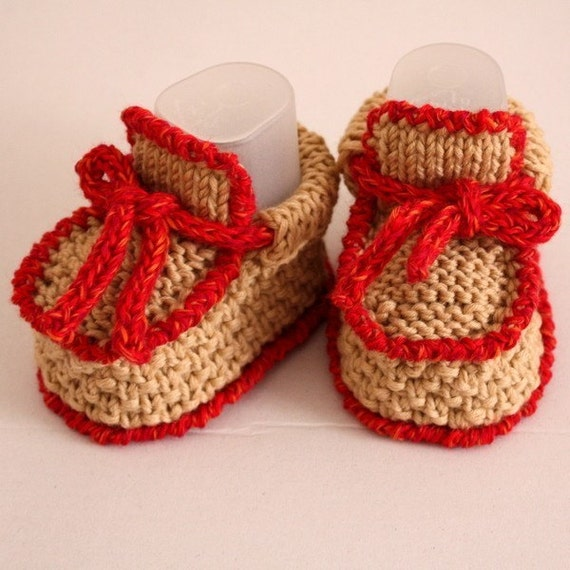 Knitted Baby Moccasins Pattern : Knitting Pattern PDF file Baby Moccasins with Lace 0-6/6-12
