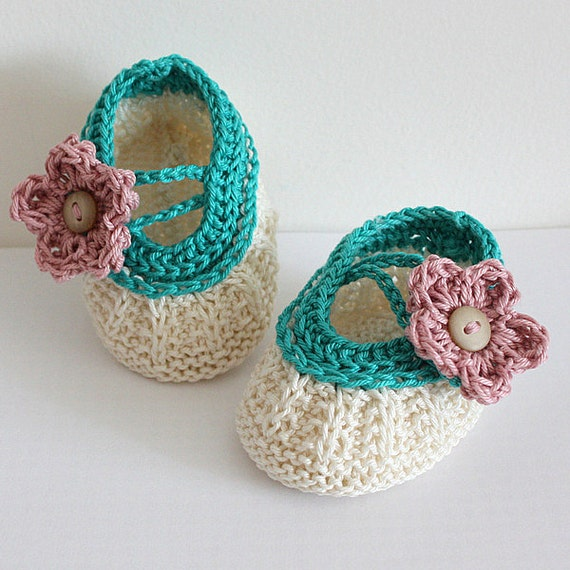 INSTANT DOWNLOAD - Knitting Pattern (PDF file) Apple Blossom Baby Booties (for sizes 0-3/3-6/6-9/ 9-12 months)