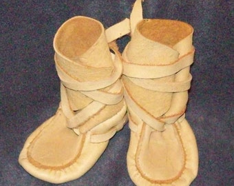 baby girl baby boy ankle wrap moccasins