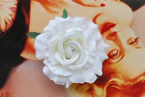 Cream white rose flower pin up vintage rockabilly style