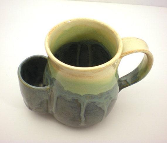 32 Best people drinking tea images | Drinking tea ...