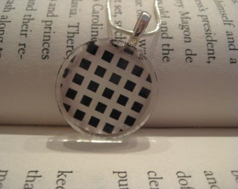 Black and White Round Glass Tile Pendant with Snake Chain Necklace