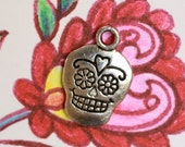 6 Sugar Skull Charms - Metal - Antiqued Silver Tone