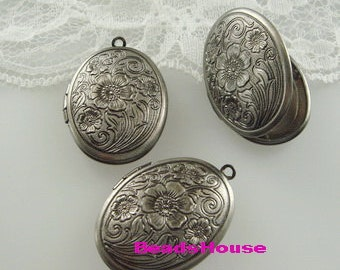 LK-100-16Asi  3pcs  Antique Silver Oval Floral Locket, NICKEL FREE