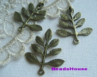 6pcs - (28 x 33mm) High Quality Antique Bronze Leave Pendant/Charms,Nickel Free