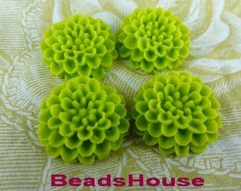 622-8170-00-Ca 4pcs Pretty Chrysnthemum Cabochons.Lime Green