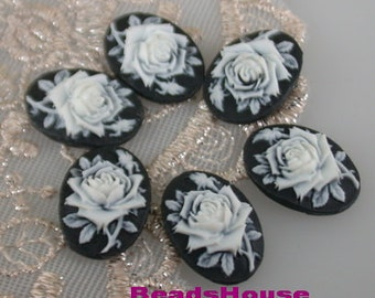 90-CA  6pcs (13x18 mm) Beautiful Oval Rose Cameo-White on Black