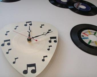 Musical Guitar Pick Clock
