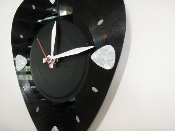 Guitar Pick Clock  Pick your own Pick color