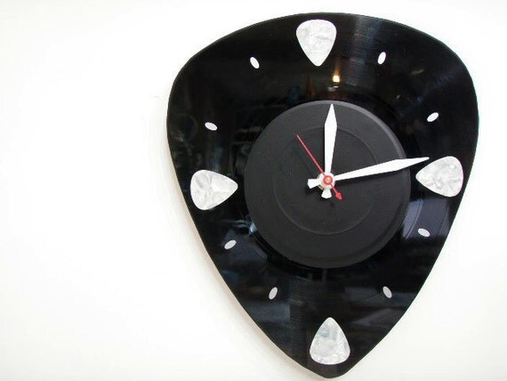 Music Record Pick Clock