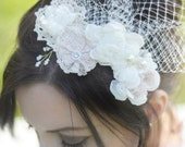 Clara - Whimsical Floral Haircomb