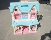 VINTAGE Doll House, 1982, Fisher Price Loving Family
