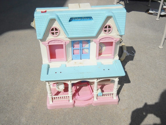 Vintage Fisher-Price Doll House
