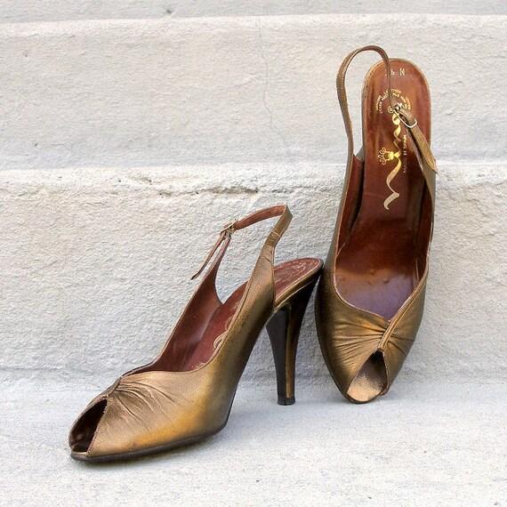1950s BRONZE High Heels / 50s Slingback Peeptoe Shoes / Bombshell Mad Men / 6.5 to 7 M