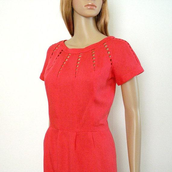 1950s Dress / 50s Cage Neck Pencil Skirt Dress / Deep Rose Irish Linen / Small