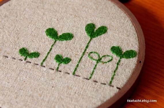 ON SALE---Embroidery Hoop Wall Art--- Green shoots---4'' Hoop