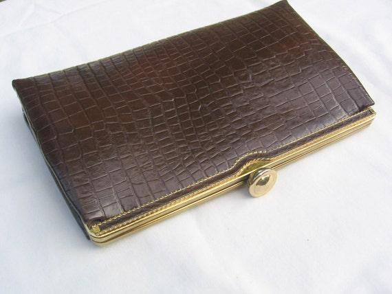 Ande Rich Chocolate Brown Vegan Faux Reptile/Croc Clutch Pocketbook Purse