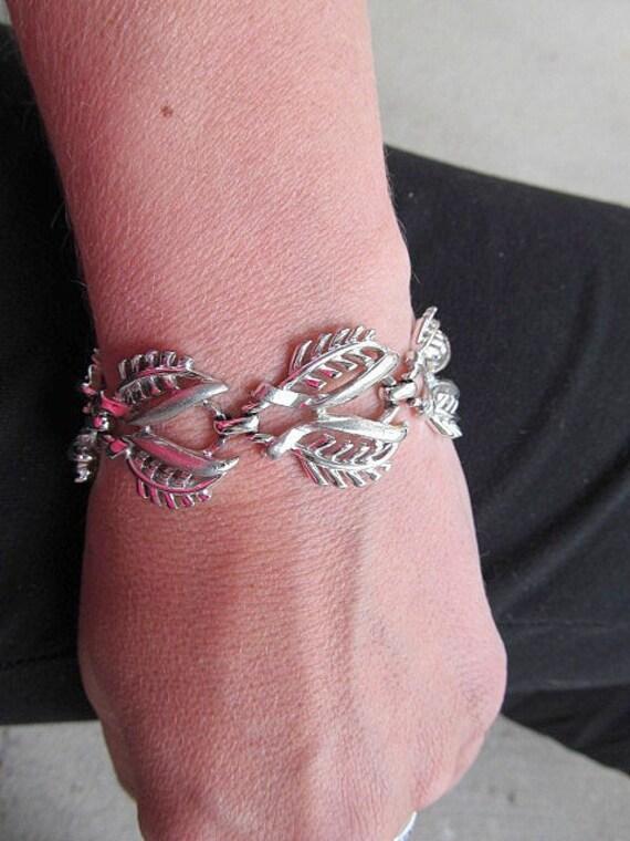 Vintage Coro Demi Parure Silvertone Botanical Necklace and Bracelet Set