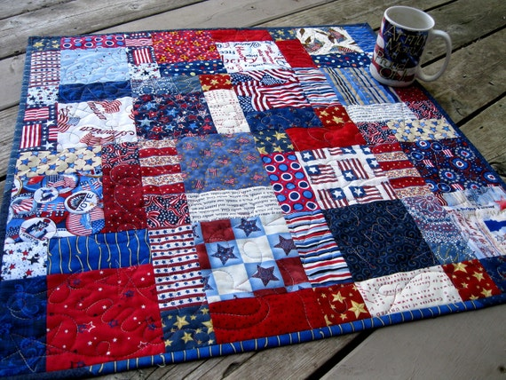 SALE 20% DISC Patriotic Hodge Podge 26 inch table topper