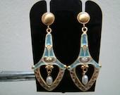 Beautiful and delicate 18K gold enamel dangle earrings