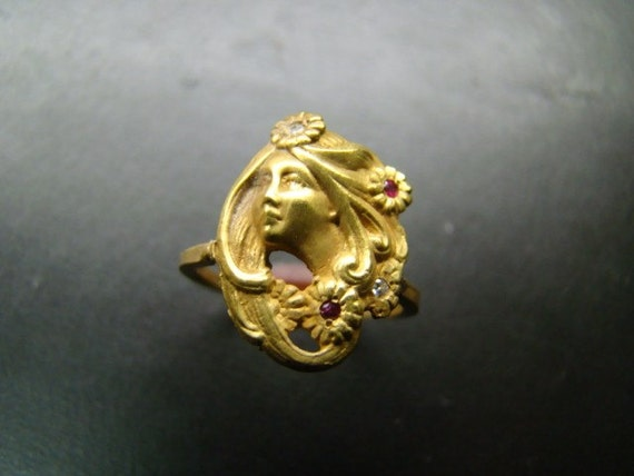 Art Nouveau style 14k gold  ring with diamonds and rubies