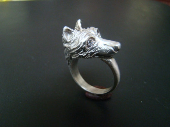 Beautiful and Regal Sterling Silver Wolf ring with diamond eyes