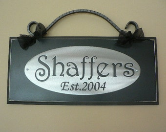 Custom Family Name with Est. Date/wedding/Anniversary/Bridal Shower/Christimas Gift