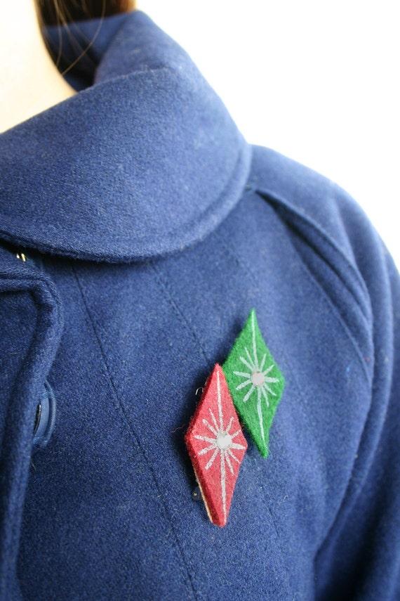 Green Felt Pin with Star Print