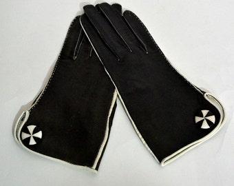 Vintage buttersoft Kidskin gloves black size 6 Made in France