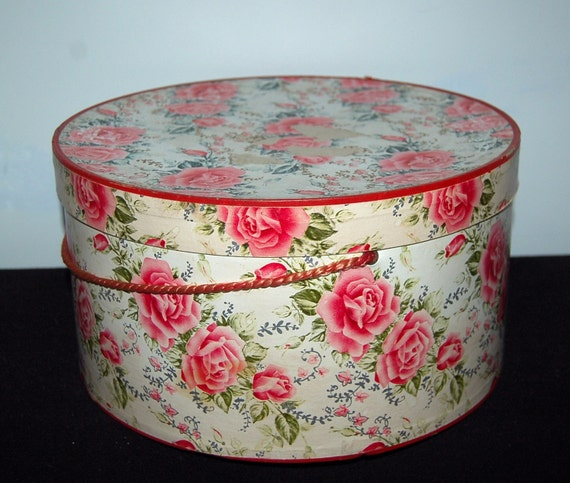 Vintage Hat Box Red Roses