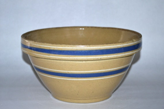 Ceramic Mixing Bowl with Whisk Pottery Batter Bowl-Handled