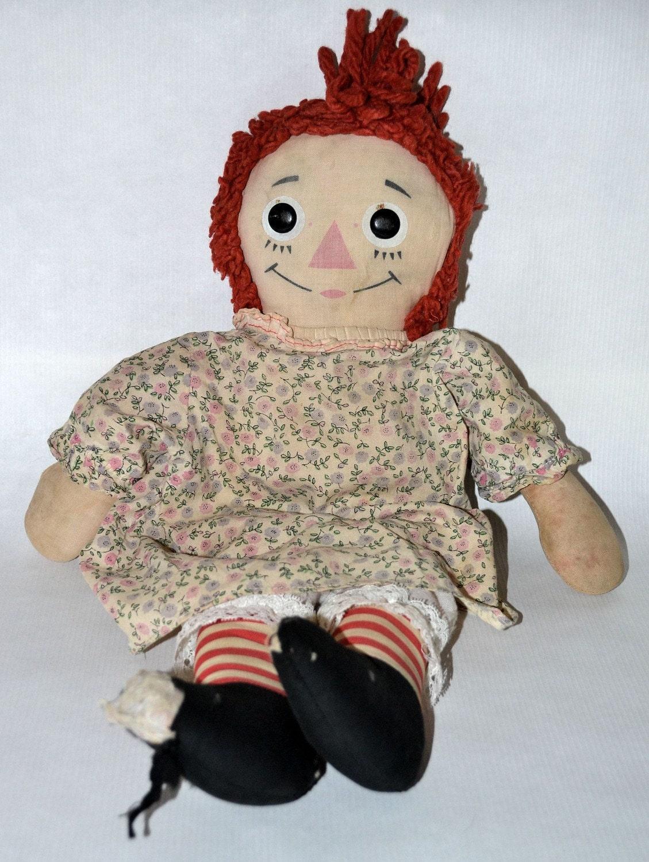 Vintage 1960s Raggedy Ann doll