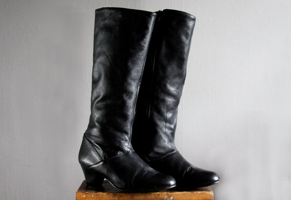 1970's black leather boots 8