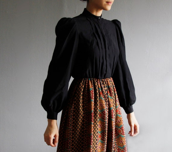1970's boho folk print dress s / m