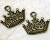 18 pcs Vintage Crown, Antique Brass Plated Charm Pendant