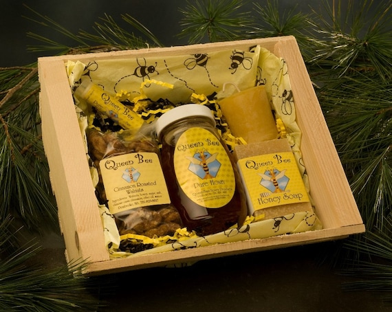 Beehive honey gift basket by Queen bee honey in Massachusetts