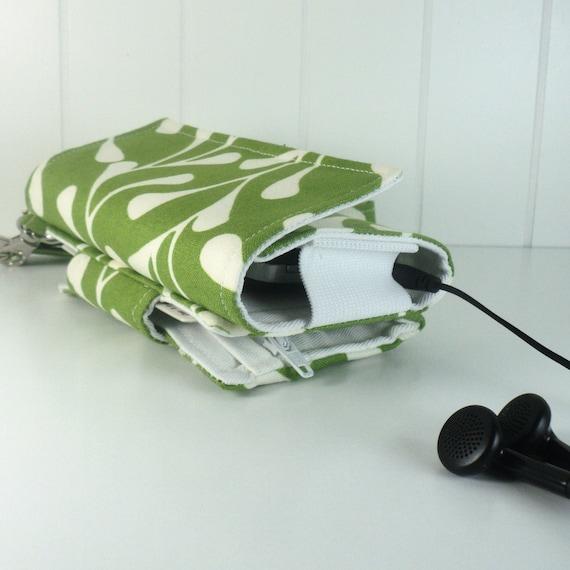 The Errand Runner - Cell Phone Wallet - Wristlet - Green/White Buds/White