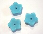 Opaque Sky Blue Glass Flower Beads    (4942)