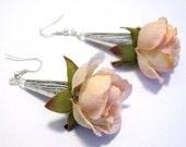 Little rose earrings