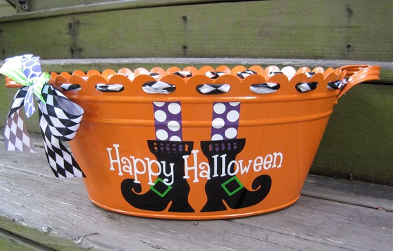 Personalized Halloween tubs-many designs available
