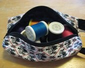 itty bitty boxy bag: skinny rectangle - black white red