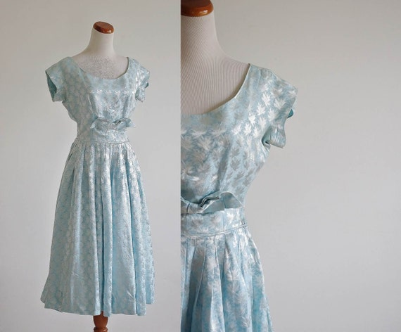 Vintage 50s Dress ... Mid Century Blue & Silver Metallic Leaf Print ... Small Medium