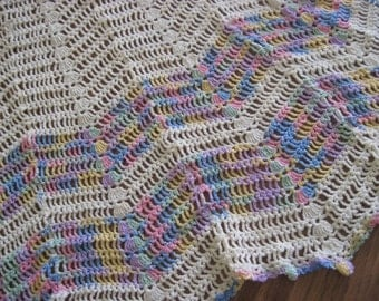 Vintage Crochet Apron with Verigated Pastel Color