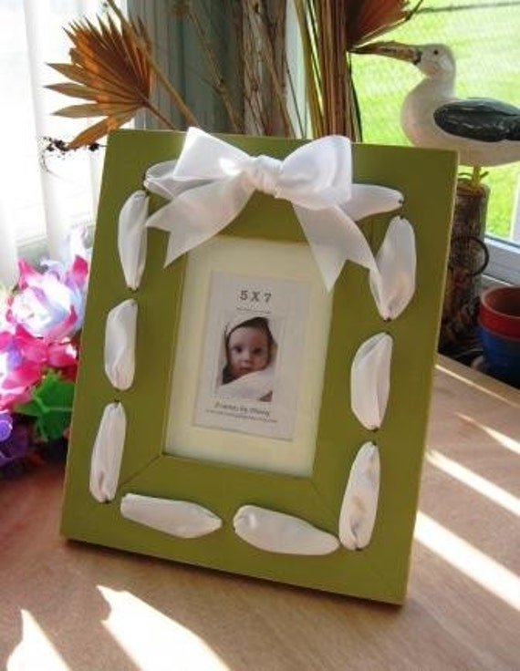 Picture Frame Laced Ribbon for 5x7 Photo - Olive / White
