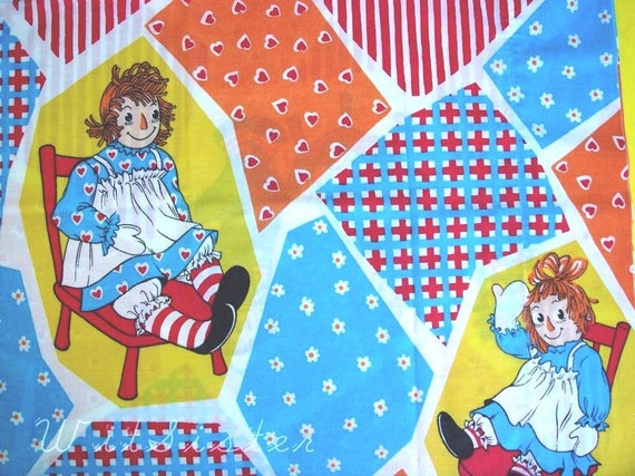 Raggedy Ann & Andy Rag Doll Kids Vintage Pillowcase Retro Sheet Fabric Upcycled Bed Linen