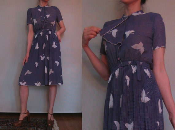 Vtg '70s Sheer Navy Polka Dots & BUTTERFLIES Micro PLEATED ASCOT Dress xs Small