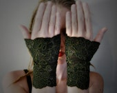 Gypsy Fusion Green Lace Wristwarmers