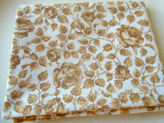 Vintage Fabric Fat Quarter Floral Roses