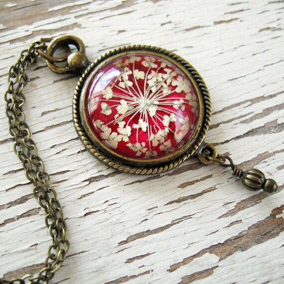Real Pressed Flower Necklace - Romantic Pink Queen Annes Lace Vintage Inspired Necklace